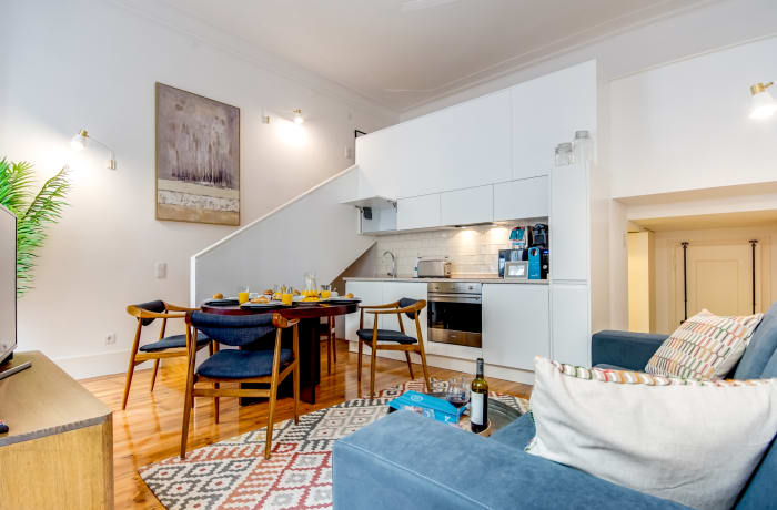 Apartment in Emenda RC A, Chiado  - 2