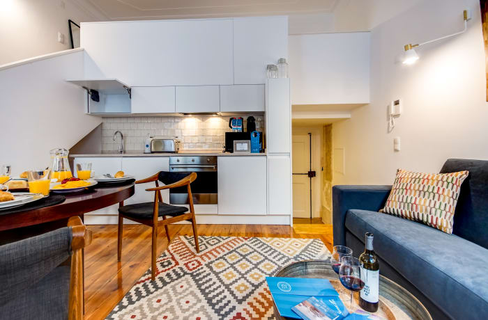 Apartment in Emenda RC A, Chiado  - 3