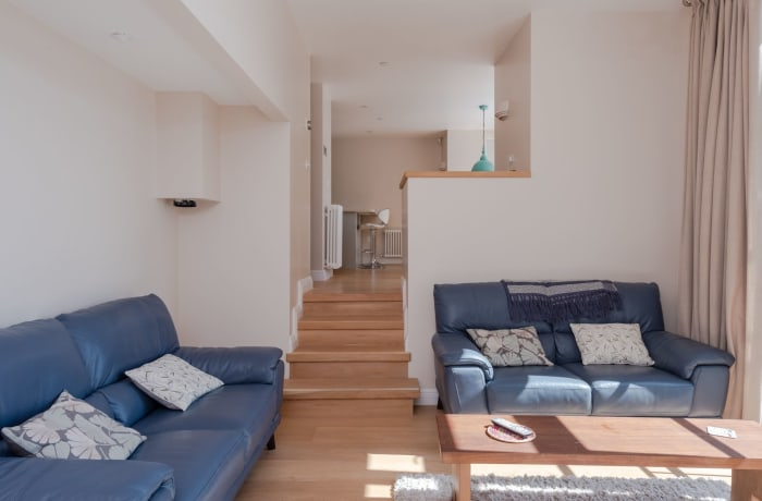Apartment in Thames View, Canary Wharf - 2