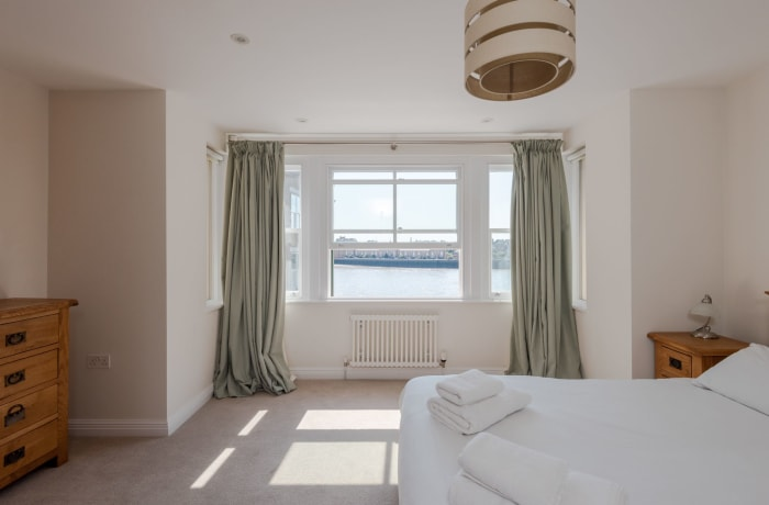 Apartment in Thames View, Canary Wharf - 15