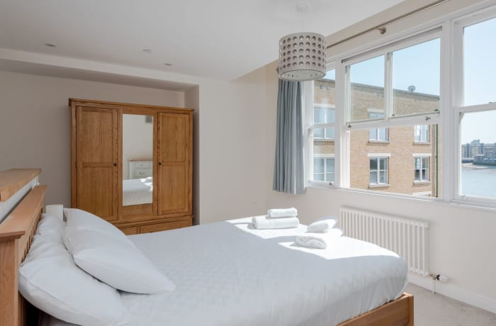 Apartment in Thames View, Canary Wharf - 18