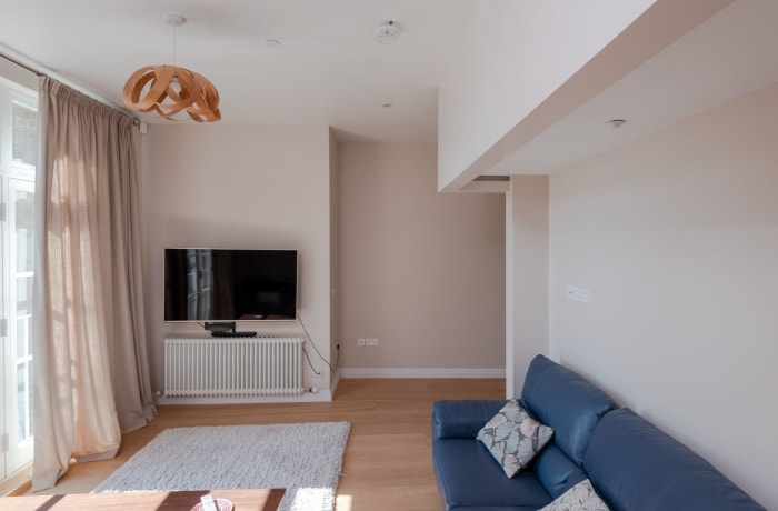 Apartment in Thames View, Canary Wharf - 4
