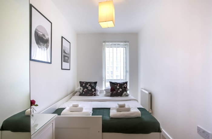 Apartment in The Thames, Canary Wharf - 13