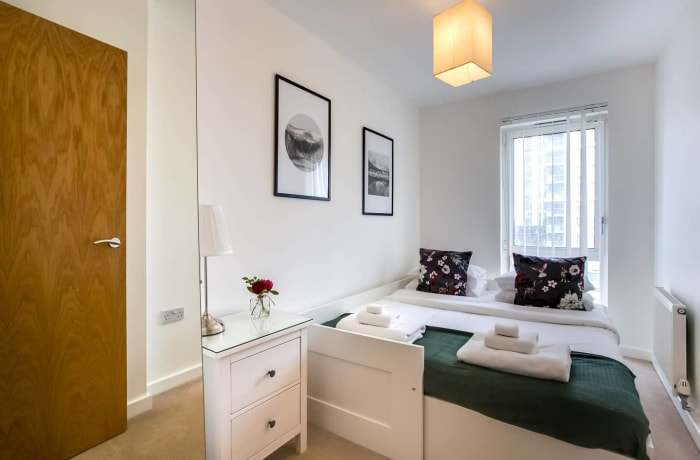 Apartment in The Thames, Canary Wharf - 12