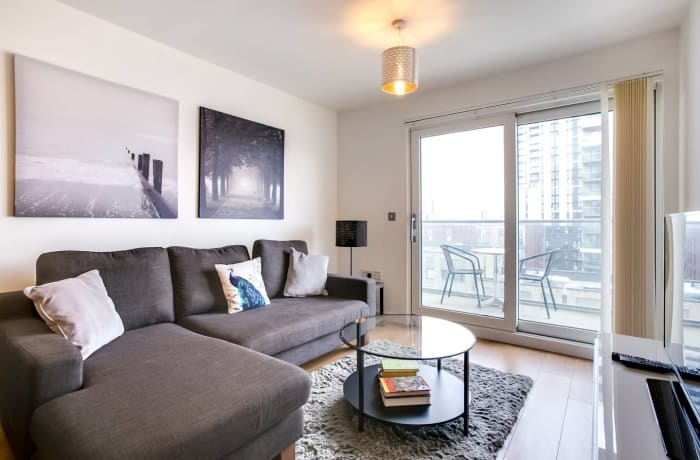 Apartment in The Thames, Canary Wharf - 0