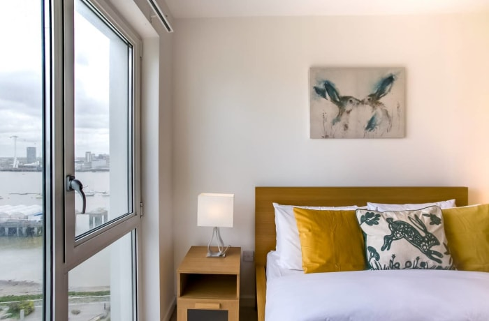 Apartment in The Thames, Canary Wharf - 10