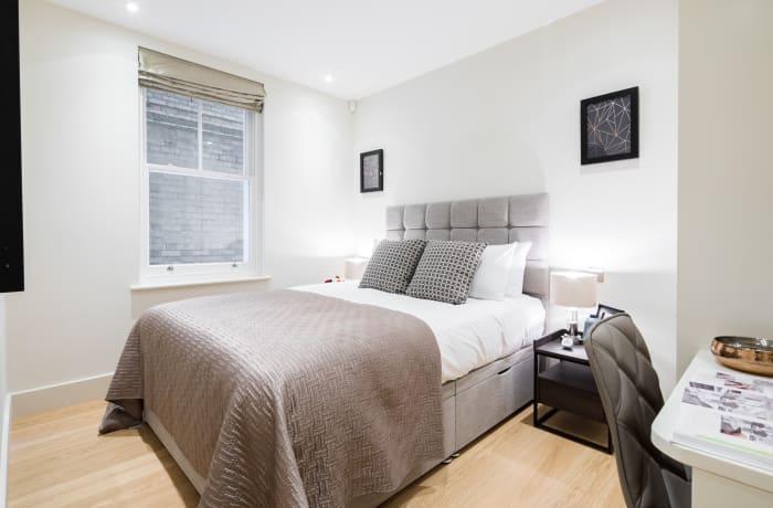 Apartment in Fitzrovia Garden II, Fitzrovia - 11