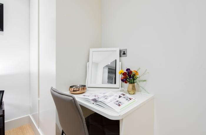 Apartment in Fitzrovia Garden II, Fitzrovia - 13