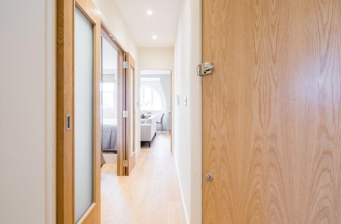 Apartment in Fitzrovia Terrace I, Fitzrovia - 8