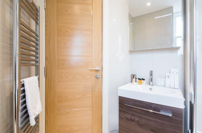 Apartment in Fitzrovia Terrace I, Fitzrovia - 16