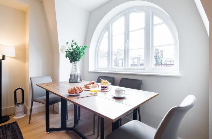 Apartment in Fitzrovia Terrace I, Fitzrovia - 7