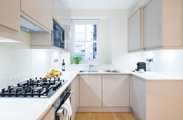 Apartment in Heart of Fitzrovia I, Fitzrovia - 6