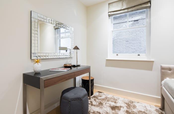 Apartment in Heart of Fitzrovia I, Fitzrovia - 17
