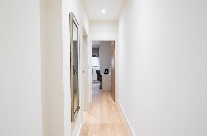 Apartment in Heart of Fitzrovia I, Fitzrovia - 8