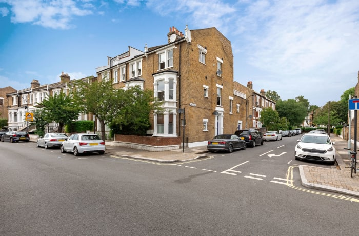 Apartment in Lena Gardens 2B, Hammersmith - 23