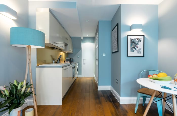 Apartment in Lena Gardens 2B, Hammersmith - 11