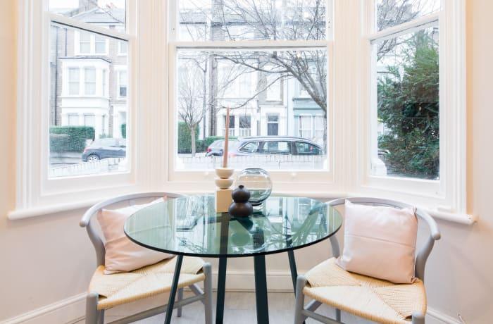 Apartment in Lena Gardens I, Hammersmith - 2