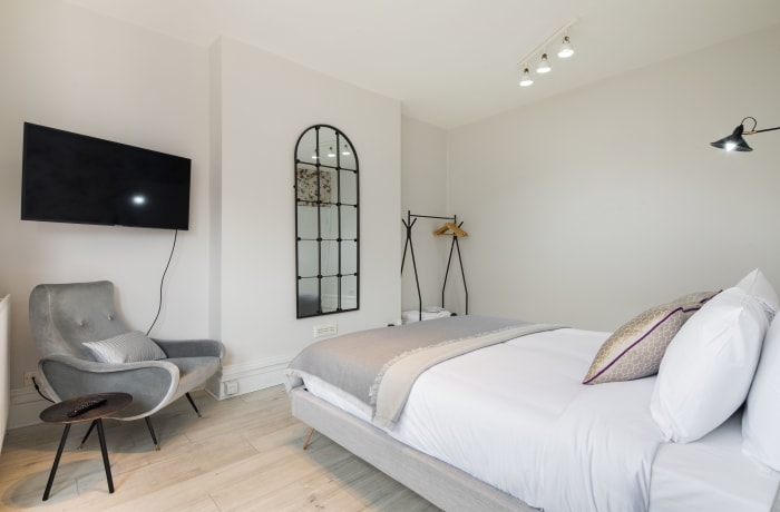 Apartment in Lena Gardens IV, Hammersmith - 4