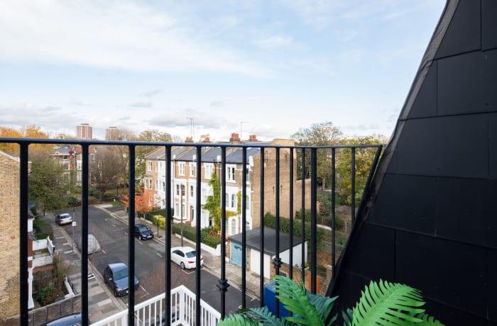 Apartment in Lena Gardens V, Hammersmith - 16