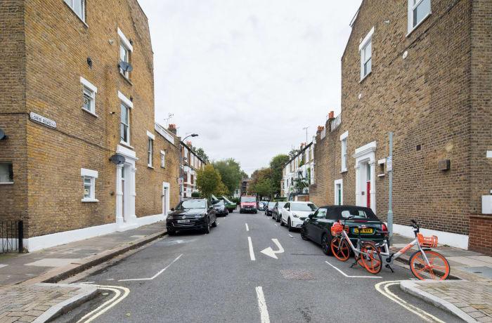 Apartment in Lena Gardens V, Hammersmith - 24