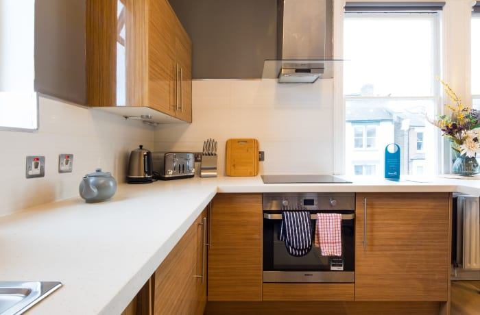 Apartment in Lena Gardens V, Hammersmith - 7