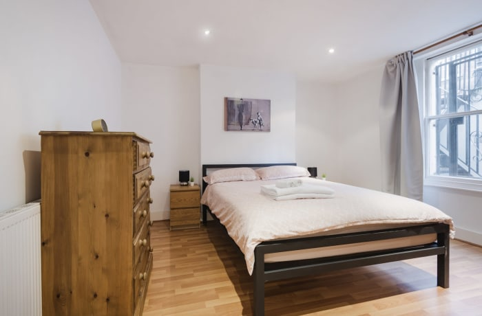 Apartment in Angel Garden, Islington - 11