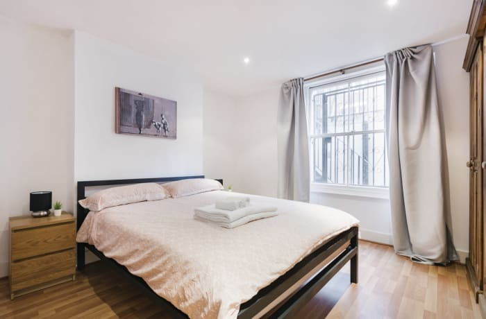 Apartment in Angel Garden, Islington - 10