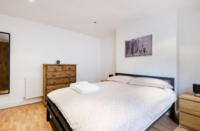 Apartment in Angel Garden, Islington - 12