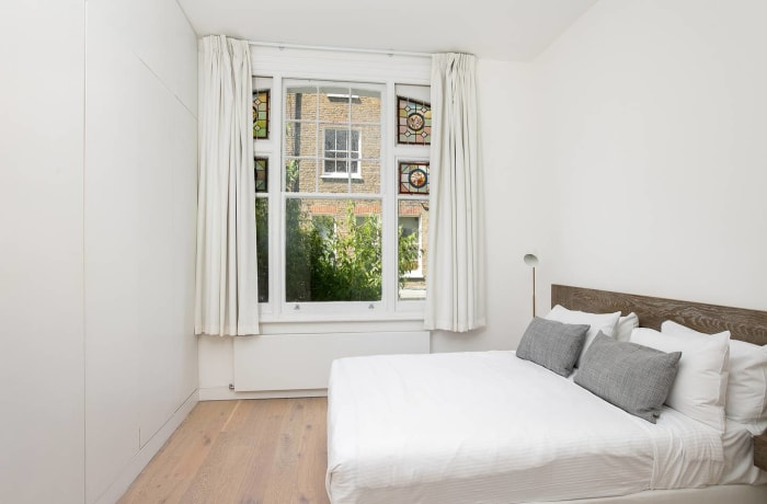 Apartment in Chic Kensington, Kensington - 10