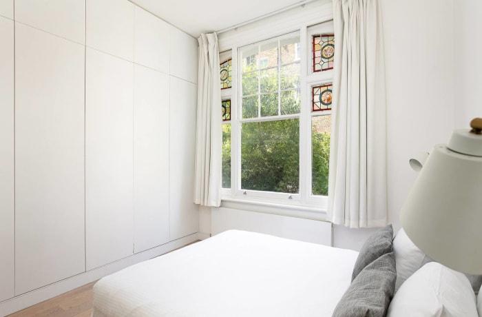 Apartment in Chic Kensington, Kensington - 13