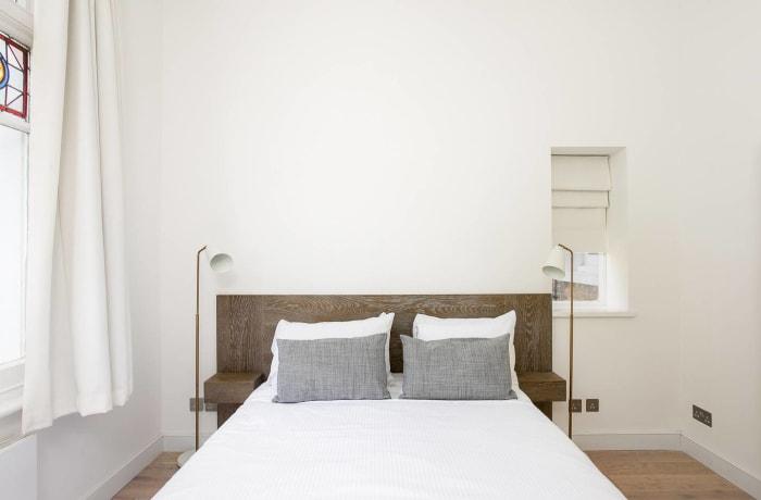 Apartment in Chic Kensington, Kensington - 11