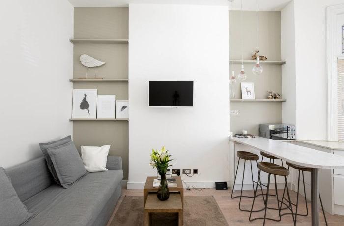 Apartment in Chic Kensington, Kensington - 3