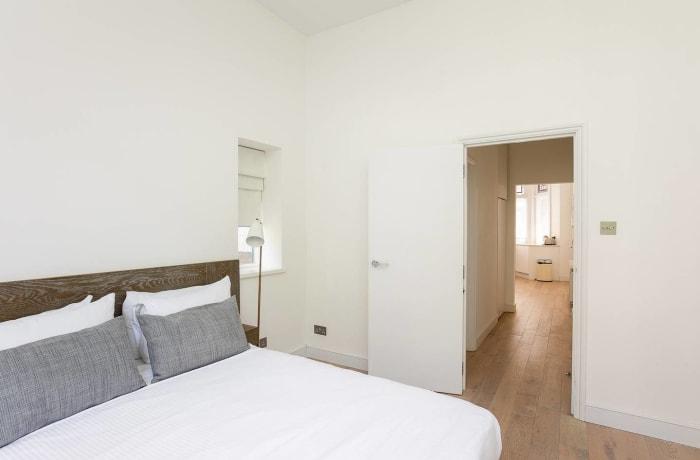 Apartment in Chic Kensington, Kensington - 12