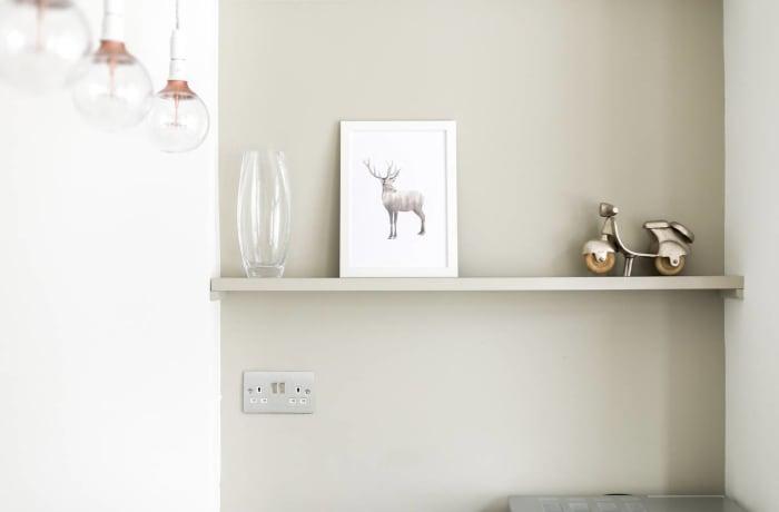 Apartment in Chic Kensington, Kensington - 9