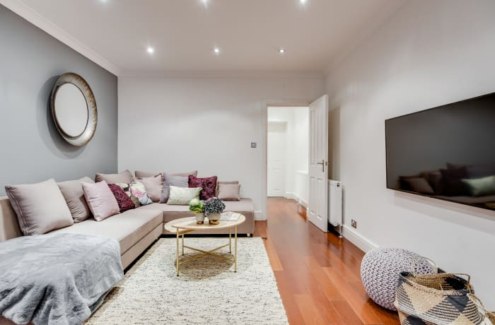 Apartment in Lexham Gardens I, Kensington - 2