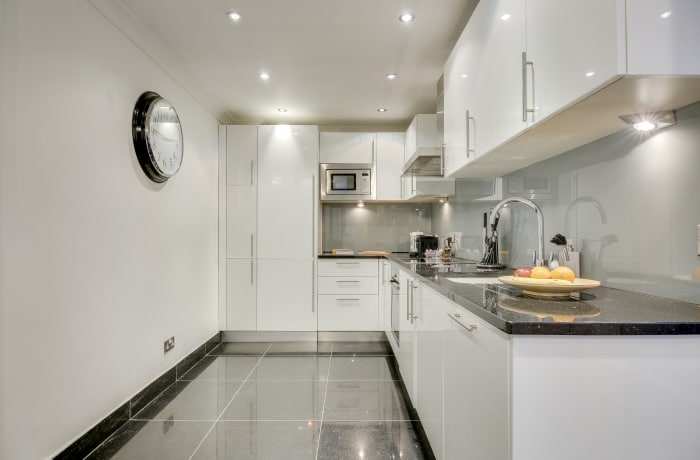 Apartment in Lexham Gardens I, Kensington - 7