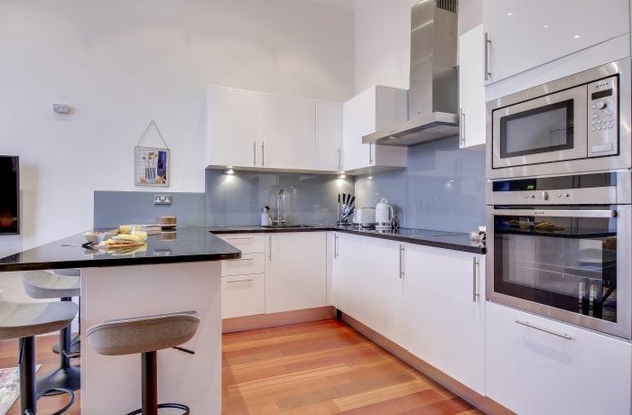 Apartment in Lexham Gardens III, Kensington - 4