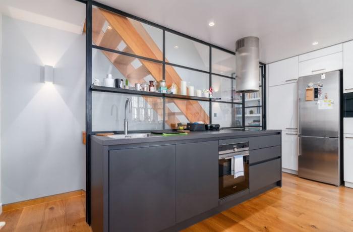 Apartment in West Kensington, Kensington - 7