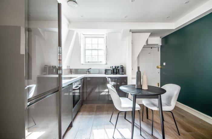 Apartment in Pavilion, Knightsbridge - 2