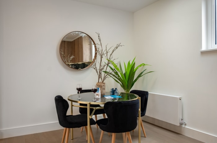 Apartment in City East Cloud, Mile End - 3