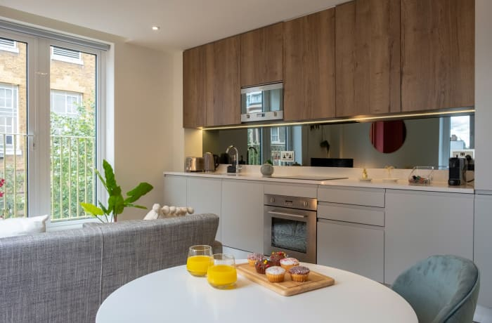 Apartment in City East Spring II, Mile End - 3