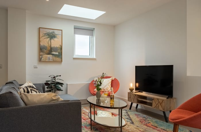 Apartment in City East Terrace, Mile End - 1