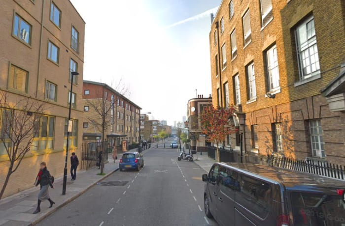 Apartment in City East Terrace, Mile End - 13