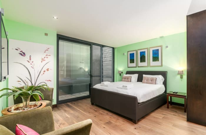 Apartment in Paddington Mews, Paddington - 4
