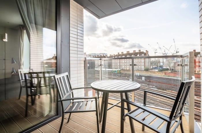 Apartment in Sutherland, Pimlico - 0