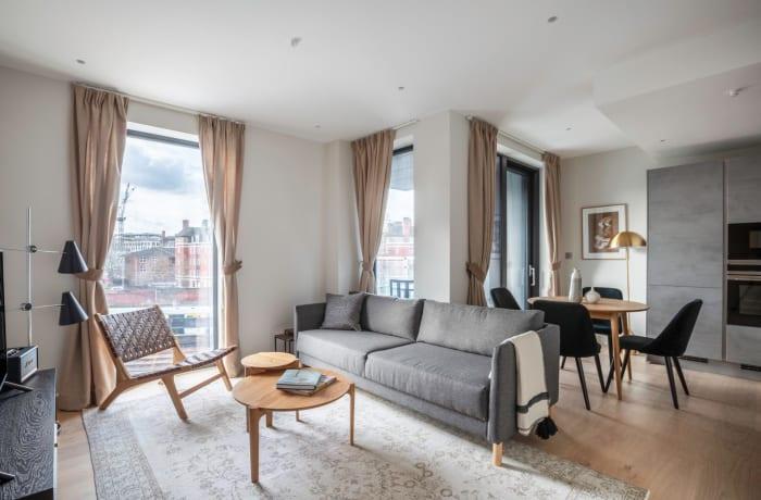 Apartment in Sutherland, Pimlico - 1