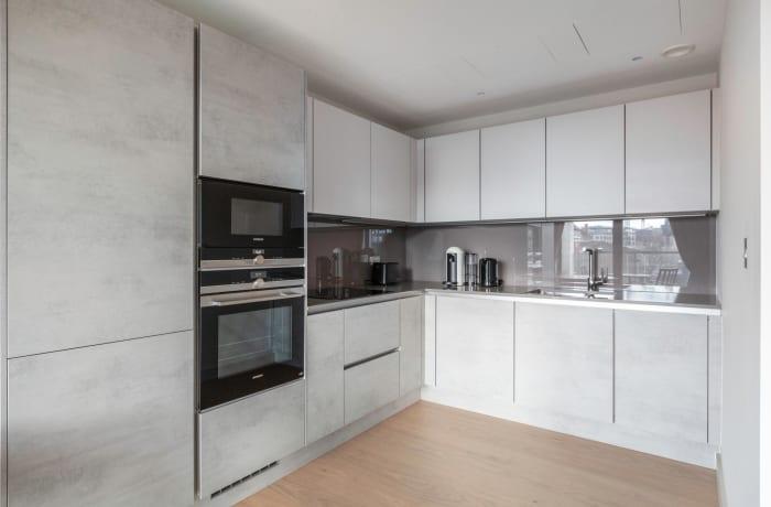 Apartment in Sutherland, Pimlico - 5