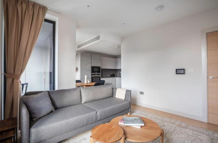 Apartment in Sutherland, Pimlico - 3