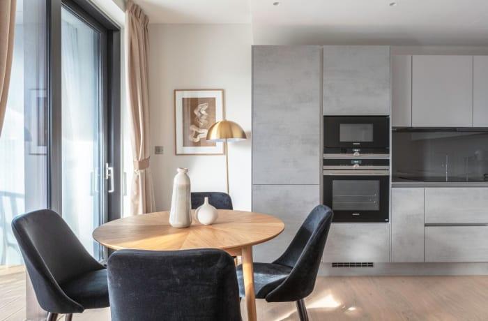Apartment in Sutherland, Pimlico - 4
