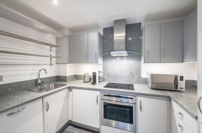 Apartment in Hoxton Square, Shoreditch - 4